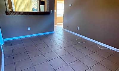 Living Room, 1611 Pontiac Ct, 1