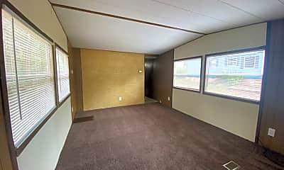 Bedroom, 3976 Leesburg Rd, 1