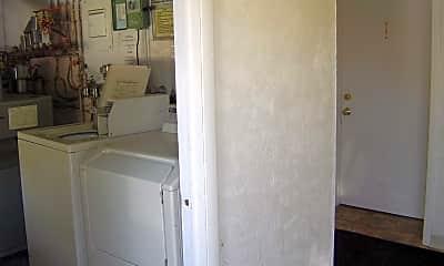 Bathroom, 1630 9th Ave, 2