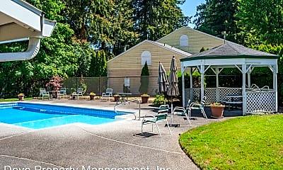 Pool, 13216 NE Salmon Creek Avenue, #M7, 2