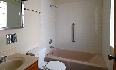 Bathroom, 1240 West 87th Street Apartments, 2