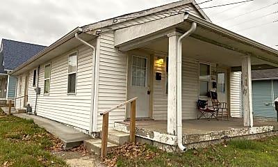 Building, 502 E Raymond St, 1