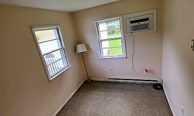 Bedroom, 2136 -2140 Route 44, 1