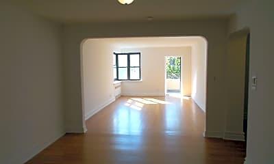 Living Room, 919 Park Pl, 1