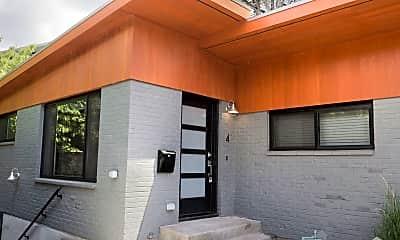 Patio / Deck, 2425 SE Monroe St, 1