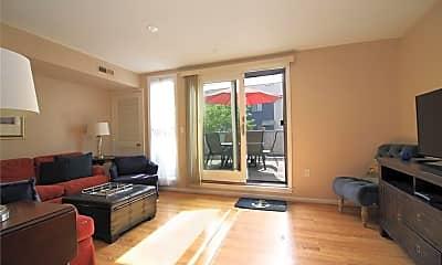 Living Room, 106 Swinburne St, 1