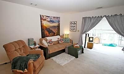 Living Room, 6812 N Olive St, 1