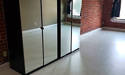 Patio / Deck, 135 E 2nd St, 1