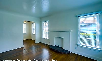 Living Room, 3517 Sixth Ave, 1