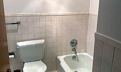 Bathroom, 3010 Octavia St, 1