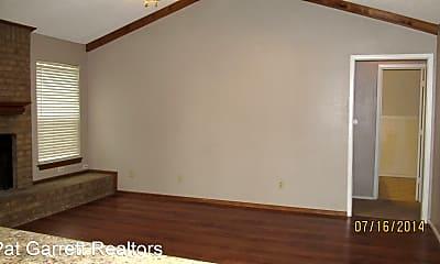 Bedroom, 5525 Auburn St, 1