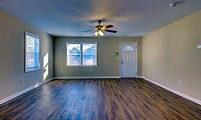 Living Room, 2249 Onslow Dr, 1