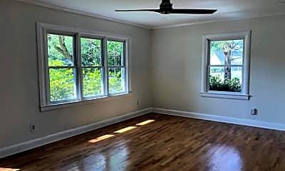 Living Room, 208 Rose Avenue, Unit House, 1