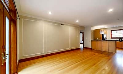 Living Room, 7519 Cromwell Dr 2W, 1