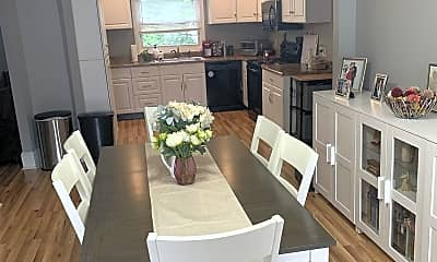 Dining Room, 72 Lowell St, 0