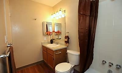 Bathroom, Stone Ridge Apartments, 2