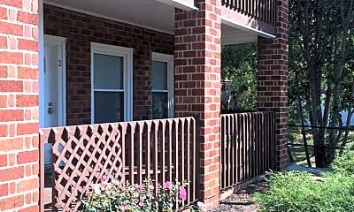 Building, 818 Lamont St, 1