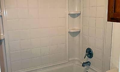 Bathroom, 5608 Cougar Dr, 2