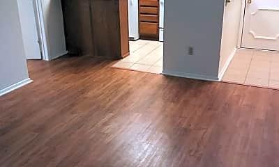 Living Room, 806 W 24th St, 1