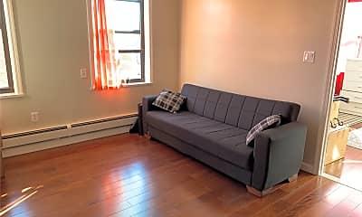 Living Room, 27-17 McIntosh St 1, 0