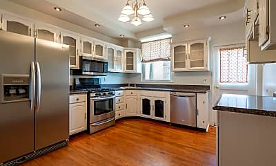 Kitchen, 220 S Conkling St, 1