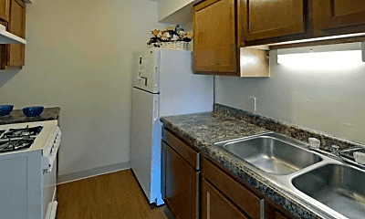 Kitchen, Winterwood Apartments, 0