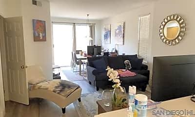 Living Room, 3955 Via Holgura, 1