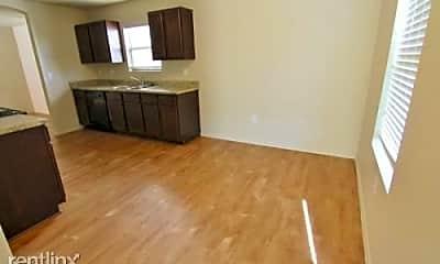 Living Room, 7515 Spanish Dagger, 1