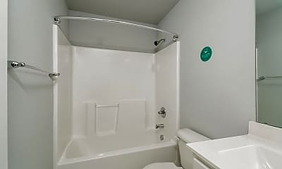 Bathroom, 16 Winter Red Way, 2