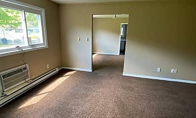 Living Room, 2121 Engle Rd, 1