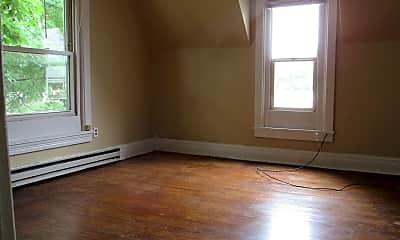 Living Room, 430 S 4th St, 1