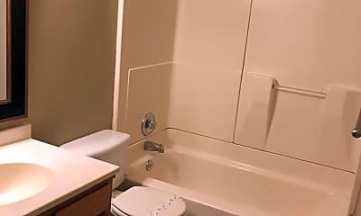 Bathroom, 508 Douglas St, 2