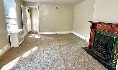 Living Room, 1814 Pine St, 0