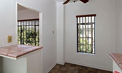 Bedroom, 569 N Rossmore Ave 404, 1