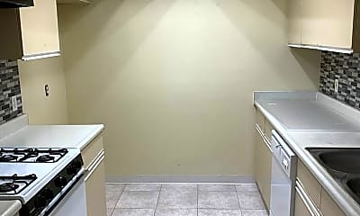 Kitchen, 70 N Catalina Ave, 1