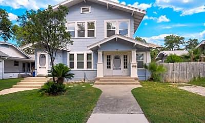Building, 1107 W Mistletoe Ave 1, 0