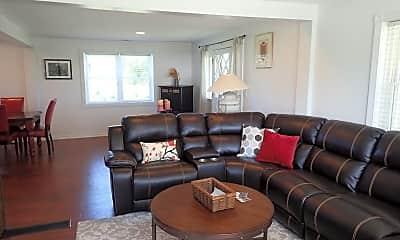Living Room, 5140 Brackett Rd, 1