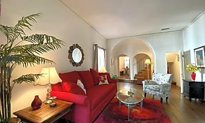 Living Room, 2000 N Highland Ave 14, 1