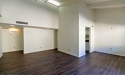 Living Room, 2044 S Rural Rd D, 1