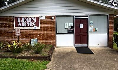 Leon Arms, 1