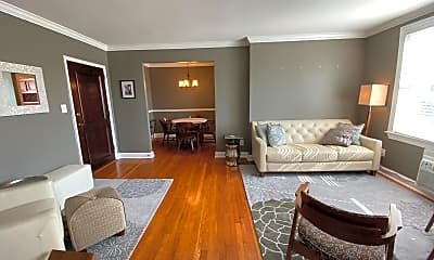 Living Room, 922 S Washington St 306, 0