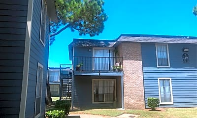 Finley Square Apartments, 2