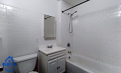Bathroom, 73 Pineapple St 2R, 1