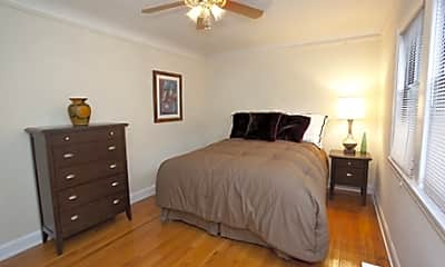 Lakewest Apartments, 1