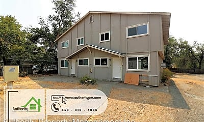 Building, 835 Camino Ct, 1