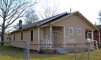 Building, 2205 Mc Millan St, 0