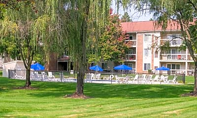 Willow Tree Apartments, 1