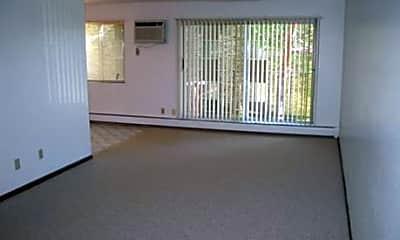Vailwood Apartments, 1