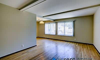 Living Room, 40 John Glenn Cir, 1