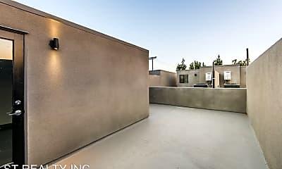 Living Room, 7036 La Tijera Blvd, 2